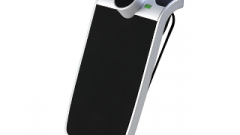 Parrot Minikit Slim: Kit mains libres Bluetooth ultra fin!
